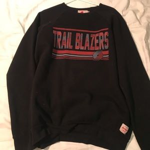 Black Portland Trail Blazers crew neck sweatshirt
